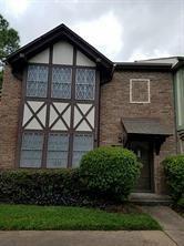 2218 Shadowdale Drive, Houston, TX 77043 (MLS #28170368) :: Texas Home Shop Realty