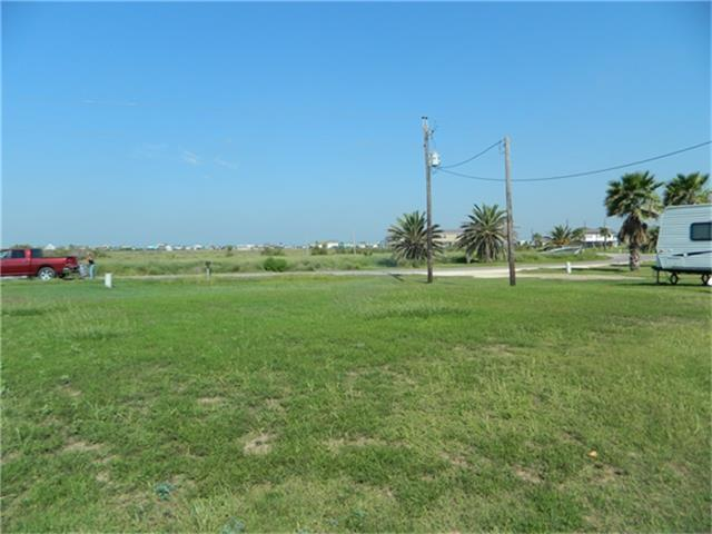 17116 Intracoastal Drive, Sargent, TX 77414 (MLS #28185732) :: Texas Home Shop Realty