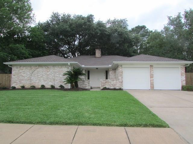 3110 Point Clear Drive, Missouri City, TX 77459 (MLS #28190480) :: The Heyl Group at Keller Williams