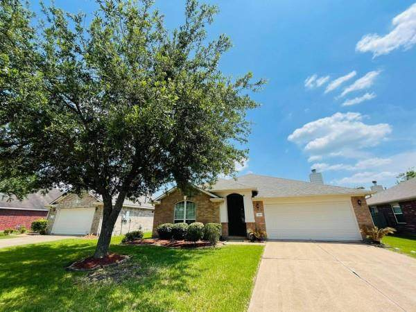 3114 Orange Street, Pearland, TX 77581 (MLS #28393713) :: Christy Buck Team