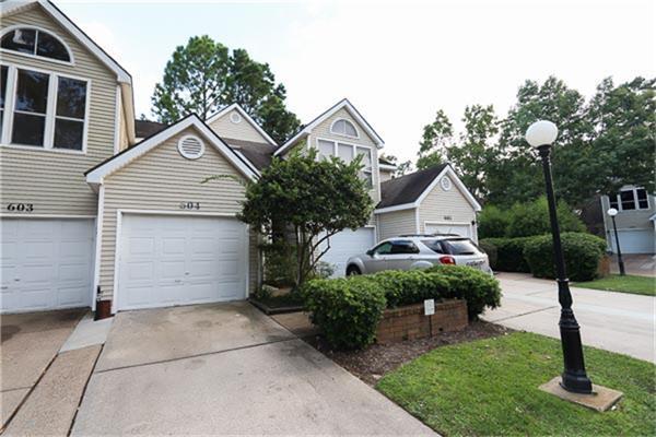 3315 Golden Trails Drive #604, Houston, TX 77345 (MLS #28747203) :: Red Door Realty & Associates