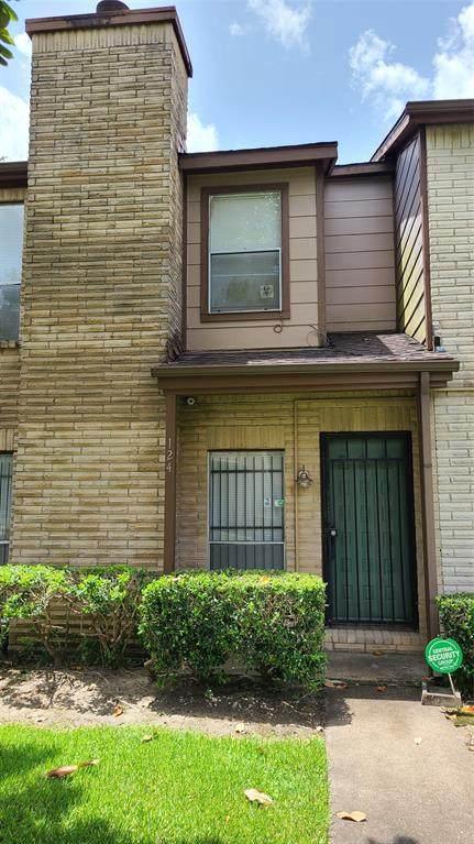 12300 Brookglade Circle #124, Houston, TX 77099 (MLS #28787176) :: Lerner Realty Solutions