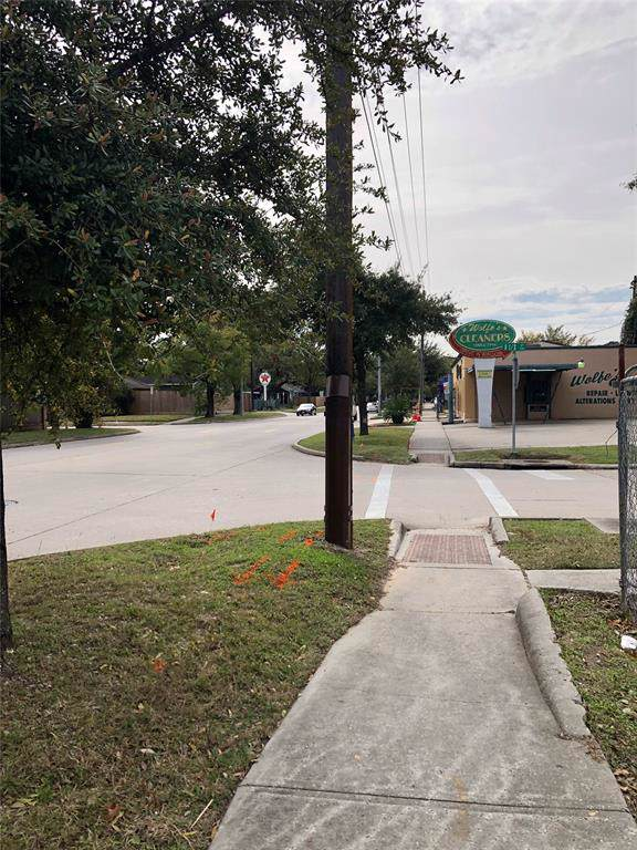 827 Studewood Street, Houston, TX 77007 (MLS #29219223) :: Christy Buck Team