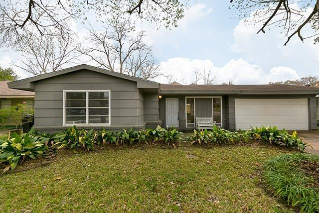10218 Woodwind Drive, Houston, TX 77025 (MLS #29726506) :: The Heyl Group at Keller Williams