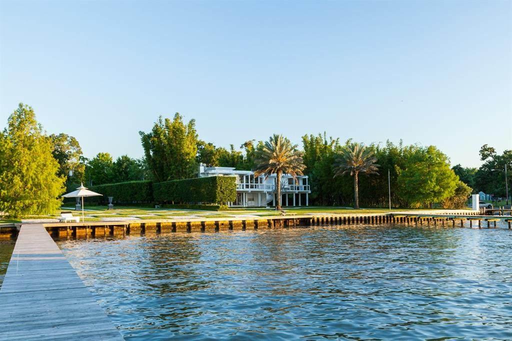 1818 Cove Park Drive - Photo 1