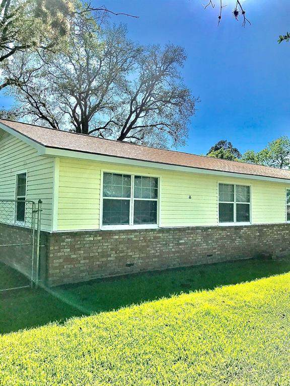 7342 Rogers Road, Manvel, TX 77578 (MLS #30080649) :: The Heyl Group at Keller Williams