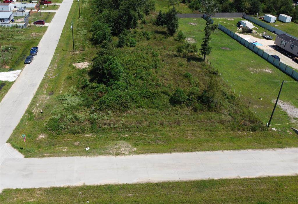 105 County Road 3567 - Photo 1