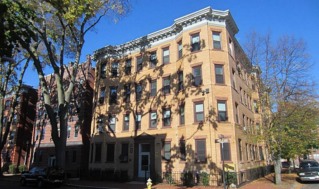 414 Chestnut Street - Photo 1