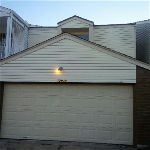 12939 N Shannon Hills Drive, Houston, TX 77099 (MLS #30773454) :: Giorgi Real Estate Group