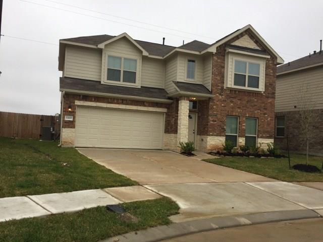 13207 Adolpho Drive, Houston, TX 77044 (MLS #31311777) :: The Home Branch