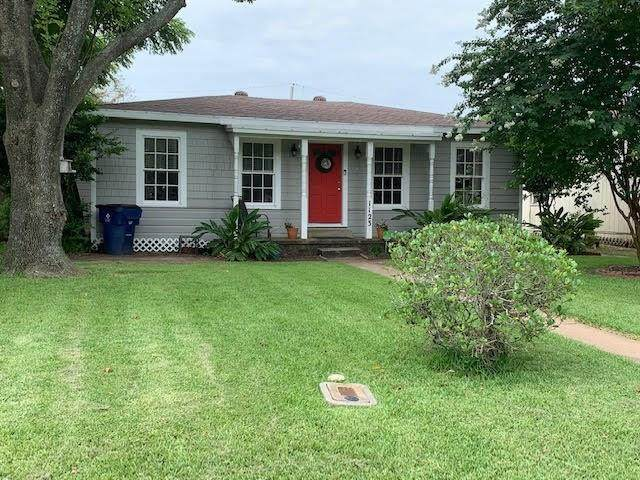 1123 W 6th Street, Freeport, TX 77541 (MLS #31376166) :: Christy Buck Team
