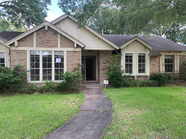 15203 Cobre Valley Drive, Houston, TX 77062 (MLS #31722703) :: The SOLD by George Team