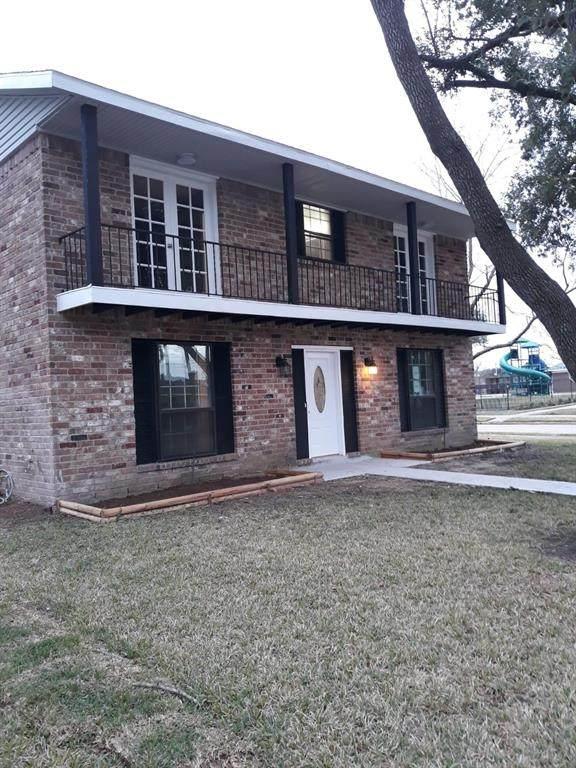 11943 Dorrance Lane, MEADOWS Place, TX 77477 (MLS #31925904) :: The Heyl Group at Keller Williams