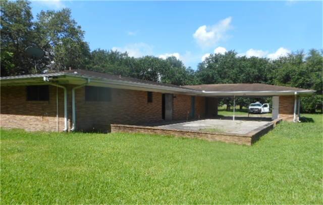 1827 Highway 73, Winnie, TX 77665 (MLS #31976225) :: Texas Home Shop Realty