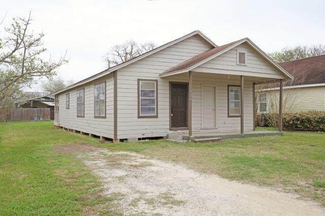 620 N Avenue B, Freeport, TX 77541 (MLS #32068655) :: Homemax Properties