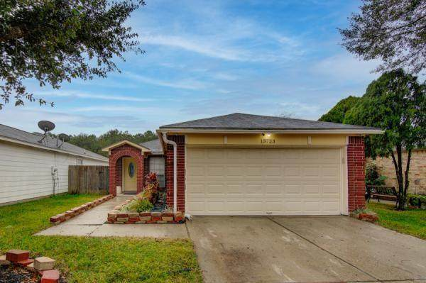 13723 Paxton Drive, Houston, TX 77014 (MLS #32097619) :: Bray Real Estate Group