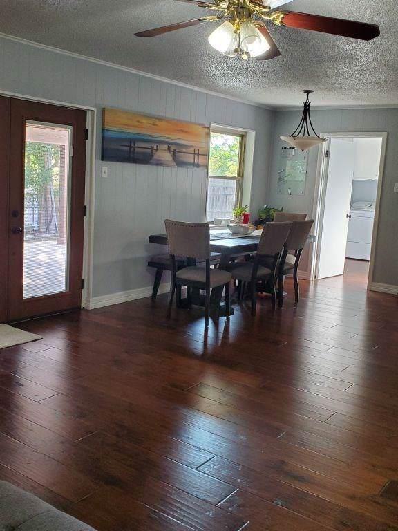 110 Fairway View Court, Conroe, TX 77356 (MLS #32611051) :: The Jill Smith Team