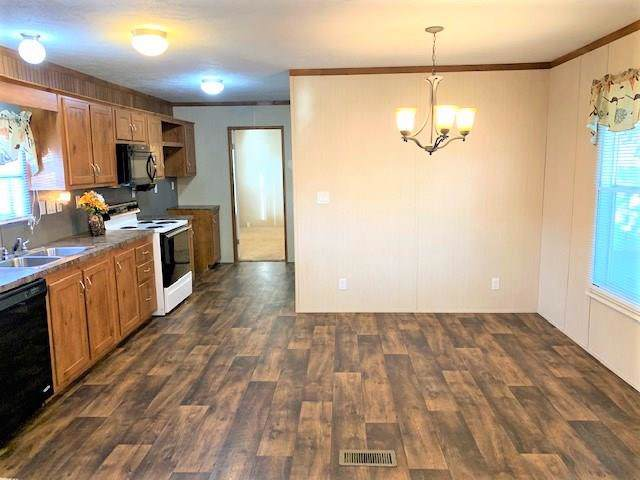 2300 Ward Bend Road Road #274, Sealy, TX 77474 (MLS #32754208) :: Texas Home Shop Realty
