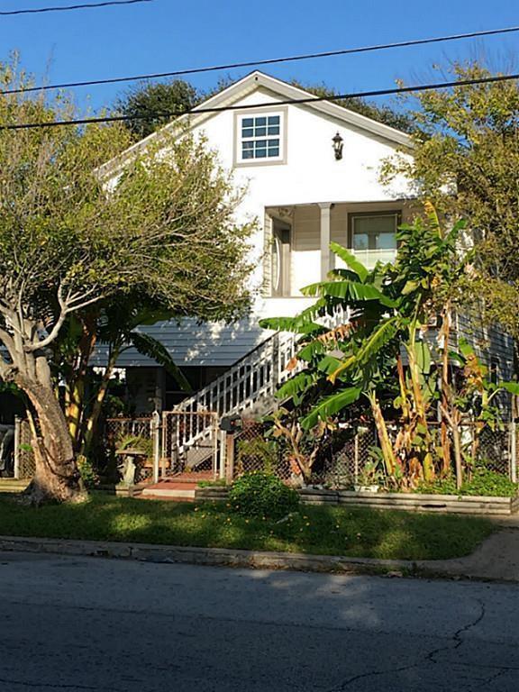 2014 39th Street, Galveston, TX 77550 (MLS #32848789) :: Texas Home Shop Realty