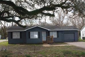 127 Frontier Lane, Jones Creek, TX 77541 (MLS #33320626) :: NewHomePrograms.com LLC