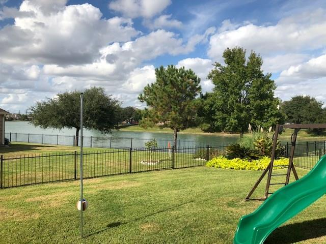 10930 Angel Lake Drive, Richmond, TX 77406 (MLS #33460838) :: Lion Realty Group / Exceed Realty