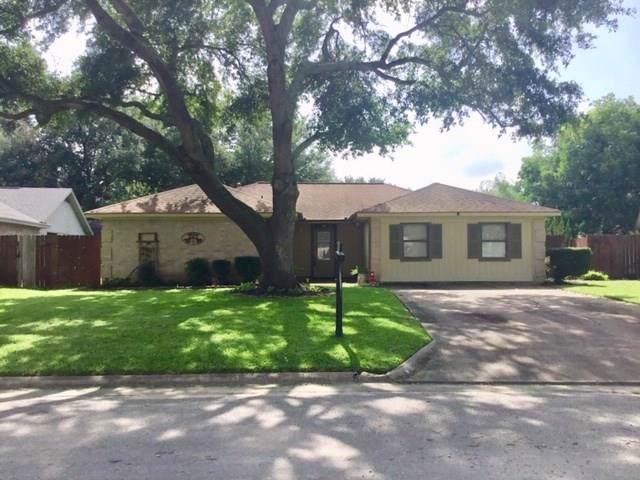 1920 Klauke, Rosenberg, TX 77471 (MLS #33582363) :: The Heyl Group at Keller Williams