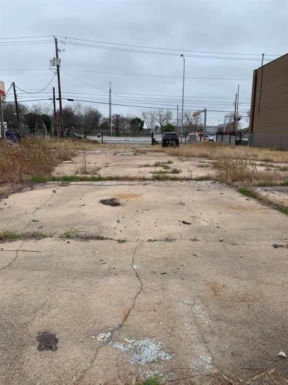 10603 Main Street, Houston, TX 77025 (MLS #33733676) :: The Heyl Group at Keller Williams
