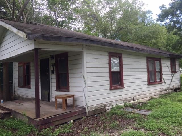 815 College Street, El Campo, TX 77437 (MLS #33824734) :: Texas Home Shop Realty