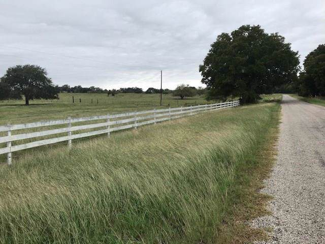 3044 County Road 240, Hallettsville, TX 77964 (MLS #3389662) :: The Jill Smith Team