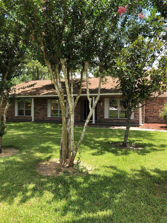4318 Meadow Glenn Drive, Dickinson, TX 77539 (MLS #34246705) :: The SOLD by George Team