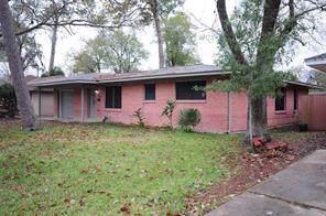 2805 Oak Drive, Dickinson, TX 77539 (MLS #34351945) :: The Sansone Group