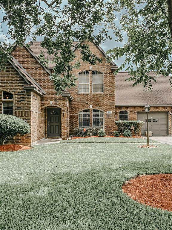 109 Silver Lace Street, Lake Jackson, TX 77566 (MLS #34598365) :: Lerner Realty Solutions
