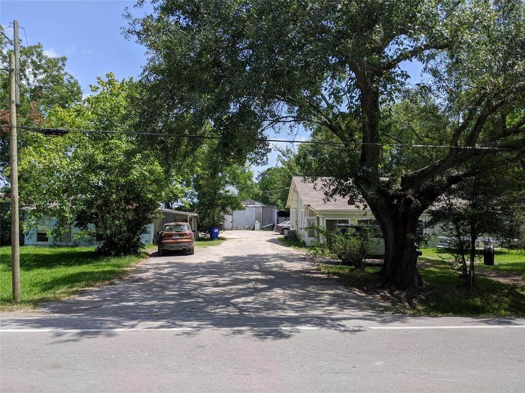 5322 Cedar Bayou Lynchburg Road - Photo 1