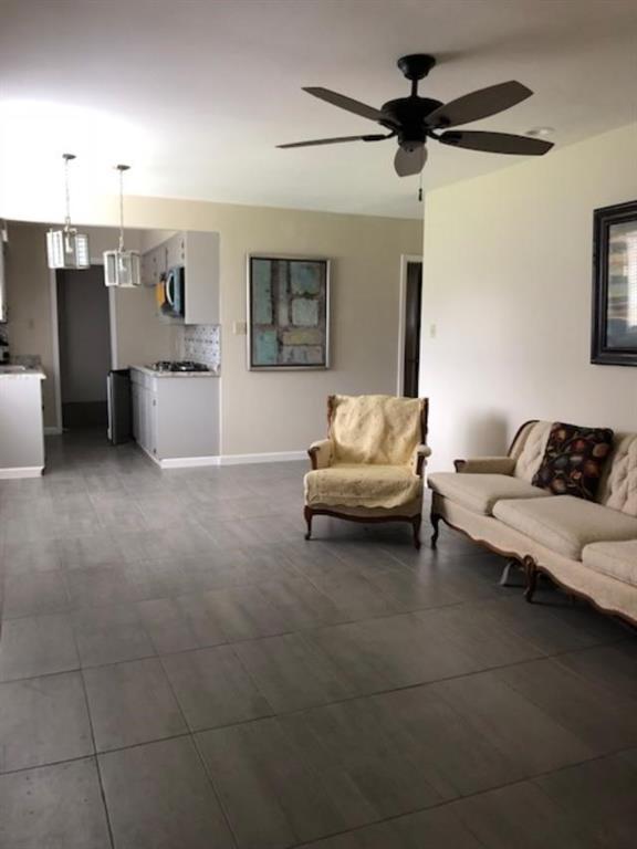 8411 Concho Street, Houston, TX 77036 (MLS #34747718) :: Texas Home Shop Realty
