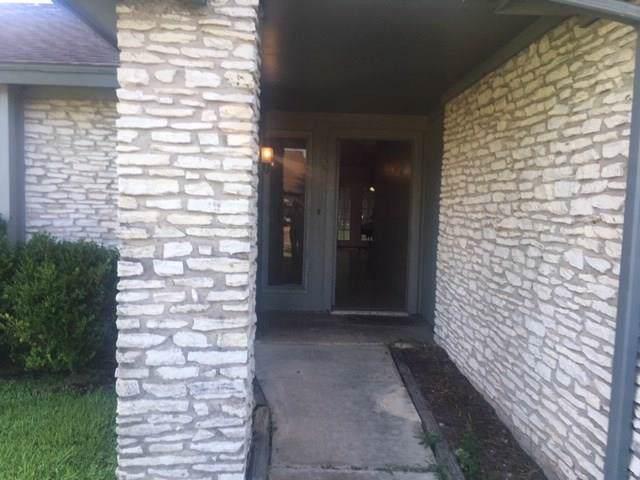 10530 Sagebluff Drive, Houston, TX 77089 (MLS #34838978) :: The Parodi Team at Realty Associates