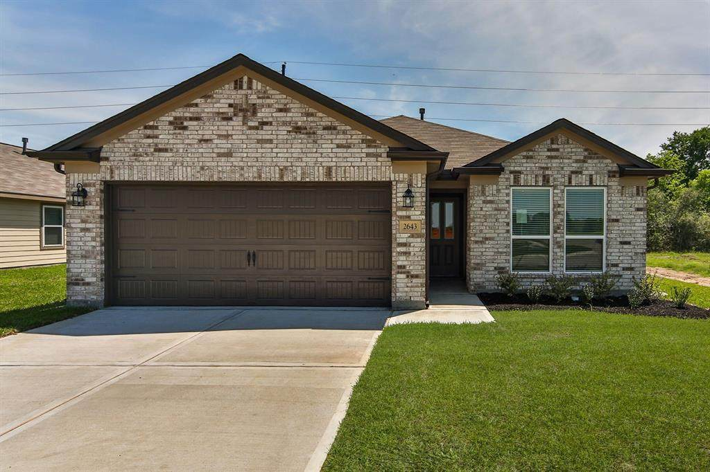 15111 Longleaf Forest Drive - Photo 1
