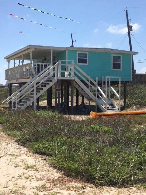 623 Beach Front Drive, Surfside Beach, TX 77541 (MLS #35101991) :: Bay Area Elite Properties