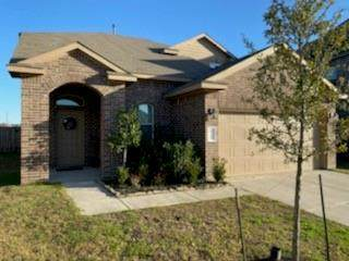 10111 Tallcrest Lane, Tomball, TX 77375 (MLS #35562006) :: The Sansone Group