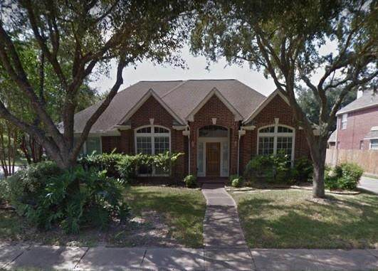 3703 Canary Grass Lane, Houston, TX 77059 (MLS #36309513) :: The SOLD by George Team