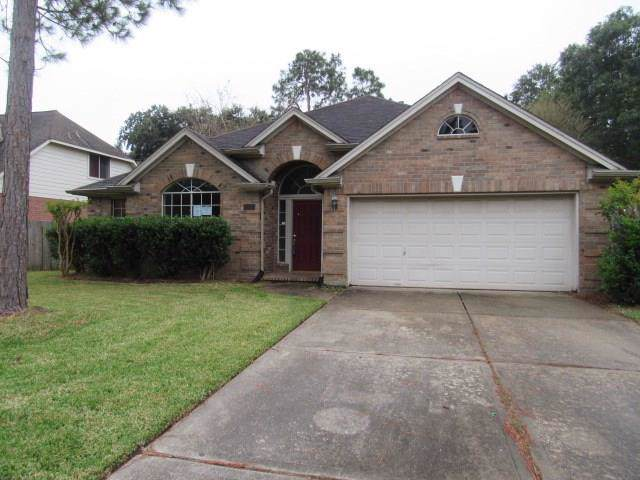 1917 Florida Drive, Seabrook, TX 77586 (MLS #36604356) :: The SOLD by George Team