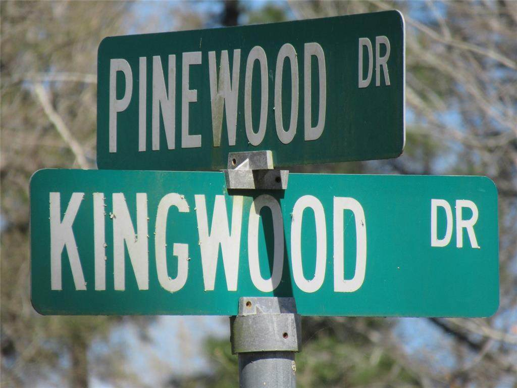 106 Pinewood - Photo 1