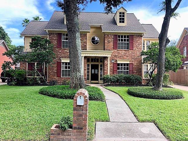 4006 Haven Pines Drive, Kingwood, TX 77345 (MLS #36767089) :: Guevara Backman