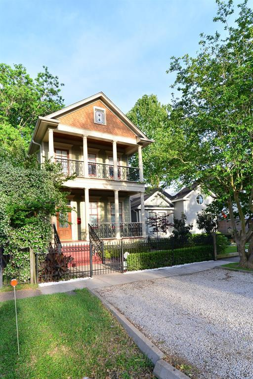 916 Rutland Street, Houston, TX 77008 (MLS #37475800) :: NewHomePrograms.com LLC
