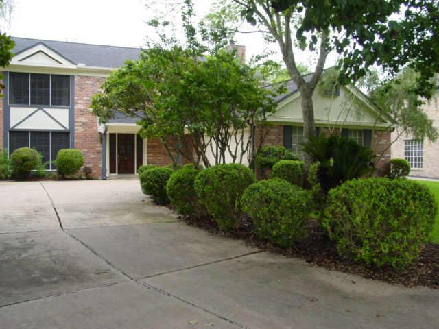 1946 Concho River Court, Sugar Land, TX 77478 (MLS #37628134) :: The SOLD by George Team