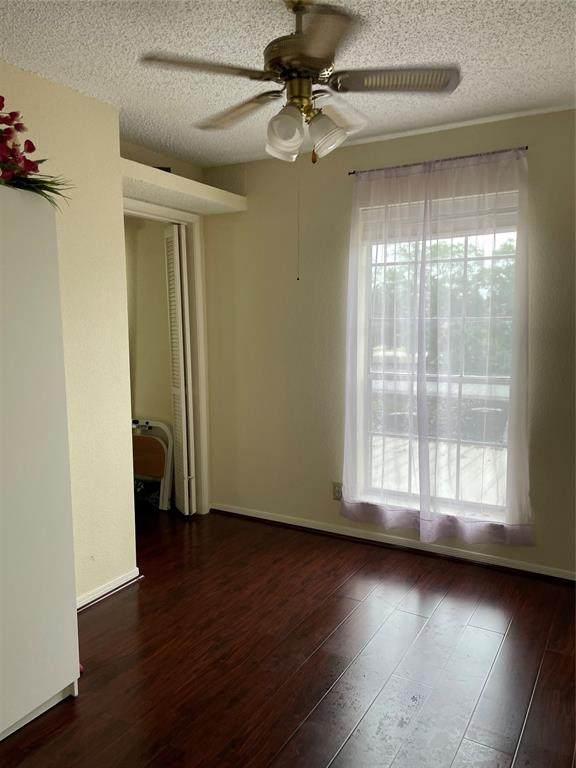 2121 Hepburn Street #1111, Houston, TX 77054 (MLS #37685821) :: Connect Realty