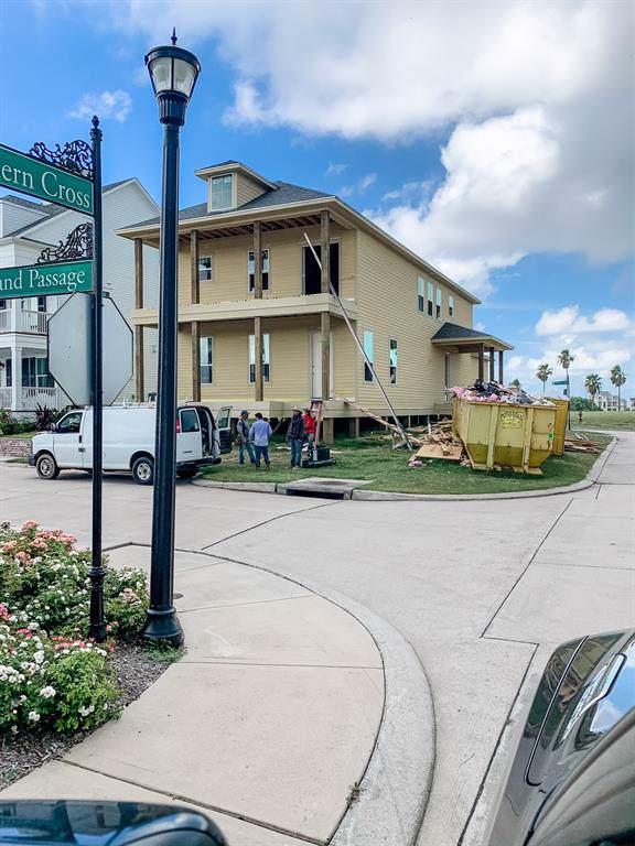 130 Island Passage, Galveston, TX 77554 (MLS #37720282) :: Caskey Realty