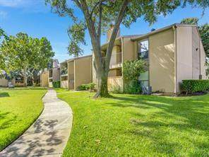 3300 Pebblebrook Drive #100, Seabrook, TX 77586 (MLS #37904428) :: Ellison Real Estate Team