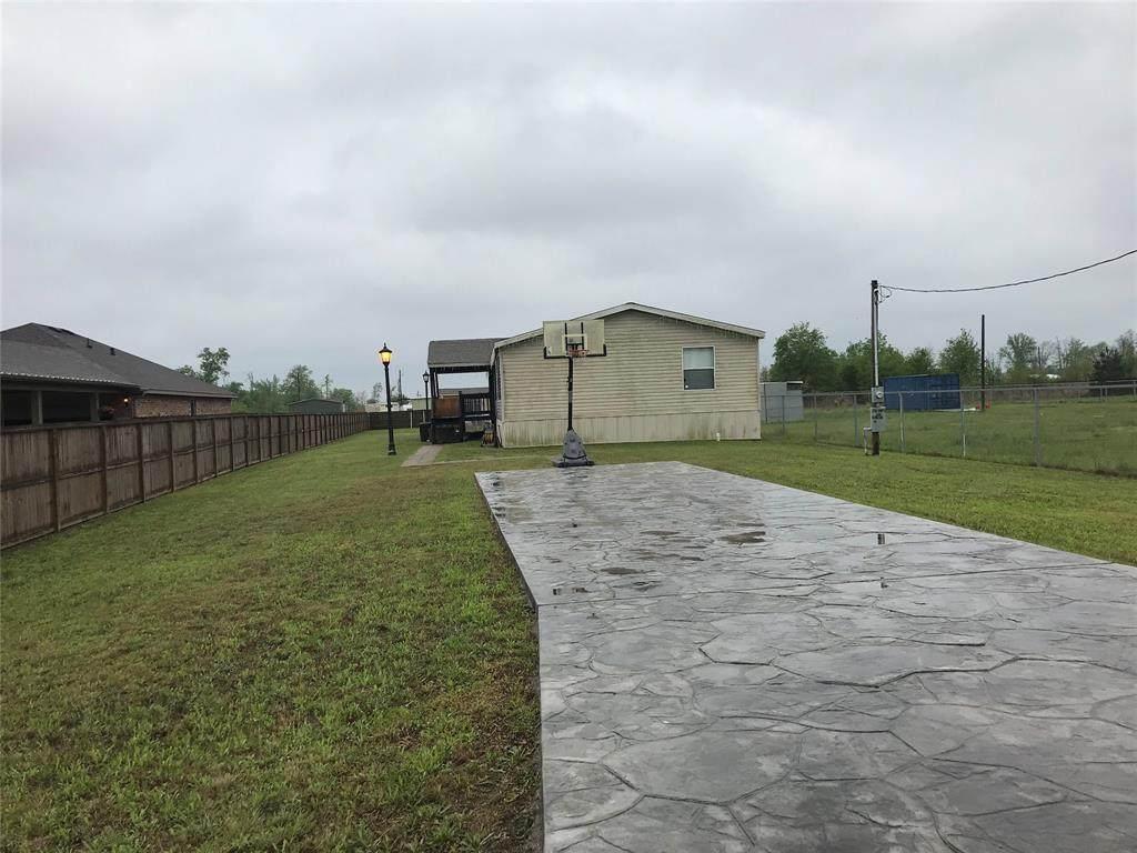2136 County Road 3550 - Photo 1