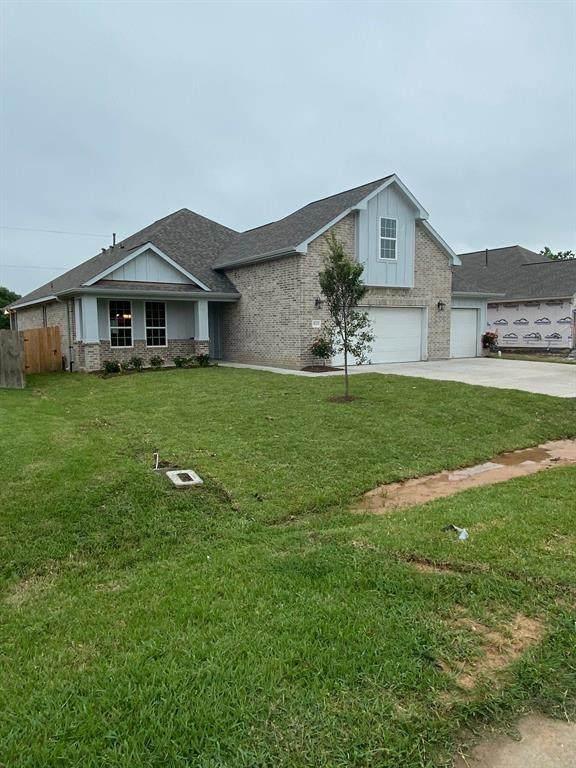 9123 Anna Street, Needville, TX 77461 (MLS #38283731) :: Guevara Backman