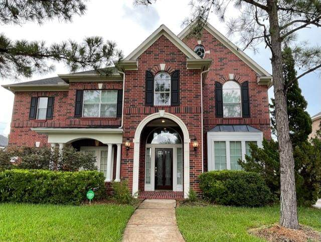 3015 Lawson Ct, Pearland, TX 77584 (MLS #38406064) :: The Property Guys
